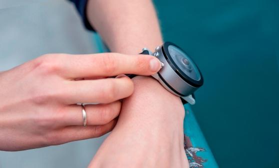 beon-wrist-camera